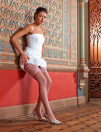 фото женщин в панталонах колготках чулках